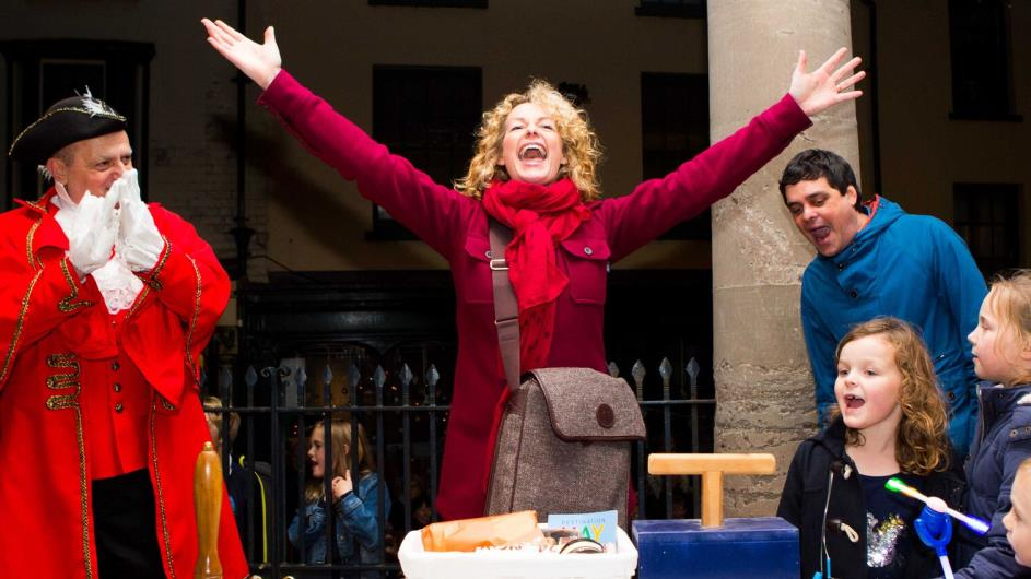Kate Humble turns on the Christmas Lights