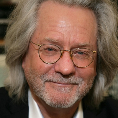 Hannah Collins, A.C. Grayling and William Kingswood in conversation with Santiago Íñiguez