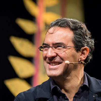 Juan Gabriel Vásquez en conversación con Yolanda Ruiz