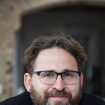 Wolfram Eilenbergeren conversación con Ricardo Cayuela