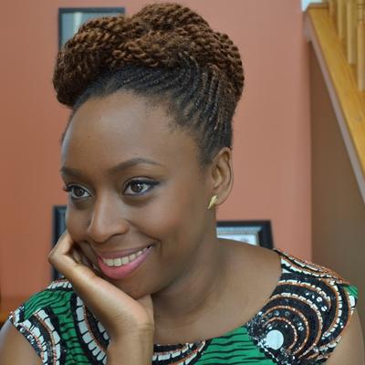 Chimamanda Ngozi Adichie en conversación con Alma Guillermoprieto