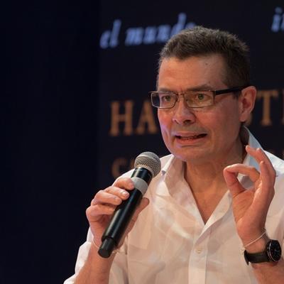 Alejandro Gaviria en conversación con Yolanda Ruiz