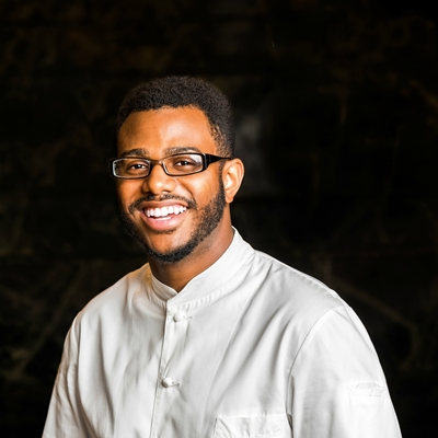 Let's talk about food! American chef Kwame Onwuachi meets Olivia González and Mariano Torres Hütt