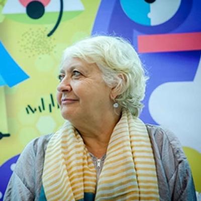 Cambio de paradigma: rebeliones globales Mónica González, Marta Peirano y Alejandro Santos en conversación con Yolanda Ruiz