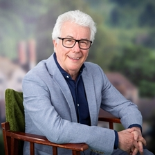 Ken Follett in conversation with Andrea Bernal