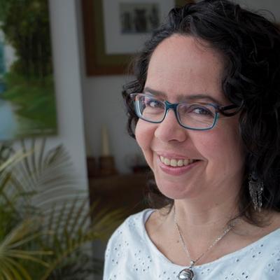 ESCOBAR TELLO, María Paula