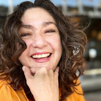HERNÁNDEZ, Claudia Ivonne